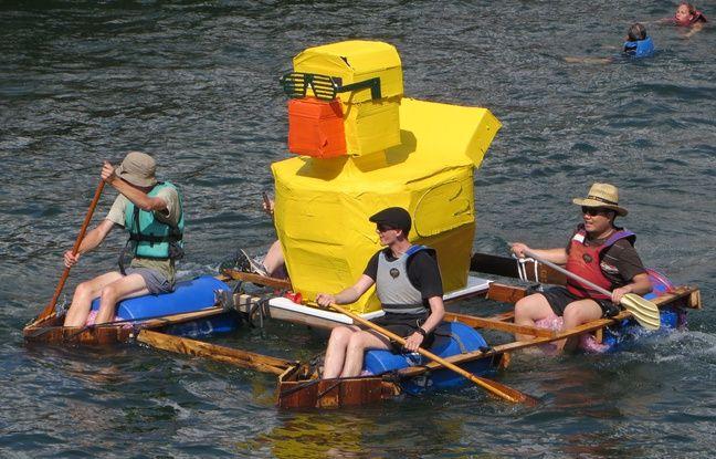 Comme en 2015, le lancement des Docks d'été se fera avec une course de baignoires sur le bassin de la médiathèque Malraux de Strasbourg, le 3 juillet 2016.