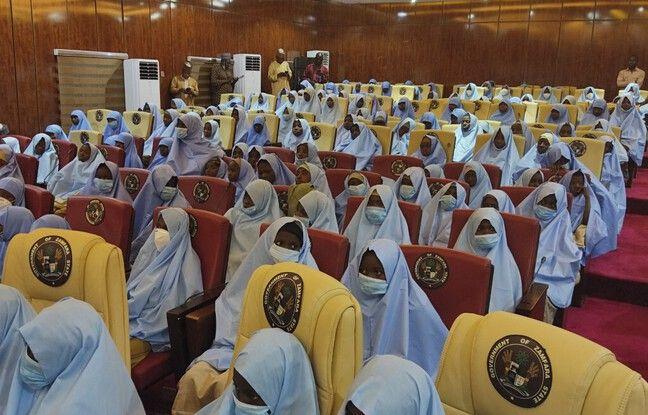 648x415 279 adolescentes enlevees pensionnat nigeria liberees 2 mars 2021