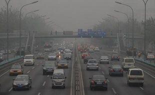 Le gouvernement chinois a ordonné mercredi la mise en place d'ici la fin de l'année dans les principales villes chinoises de mesures de pollution atmosphérique prenant en compte les particules les plus dangereuses pour la santé.
