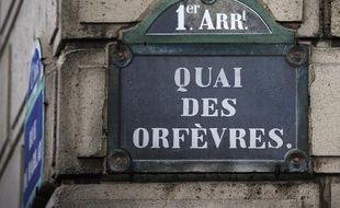 Le 22 avril 2014, dans un pub irlandais en face du fameux 36 quai des Orfèvres, siège de la police judiciaire parisienne, des policiers s'étaient liés avec la jeune femme, alors âgée de 34 ans
