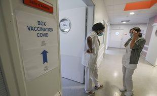 Les nombres d'hospitalisations et de réanimations augmentent
