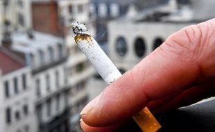 Le prix du paquet de cigarettes pourrait augmenter à cause d'une nouvelle taxe.