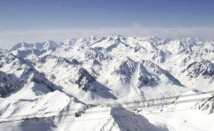 Un point de vue depuis le pic du Midi, dans les Hautes-Pyrénées.