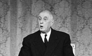 Le président Charles de Gaulle lors d'une conférence de presse à l'Elysée, le 16 mai 1968.