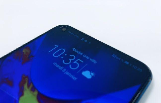 VIDEO. Honor View 20: On a manipulé le premier smartphone avec un «trou» dans l'écran