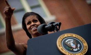 Avec son charme, sa fermeté et un talent politique de plus en plus affirmé, la populaire Michelle Obama instille un nouveau souffle au moment opportun dans la campagne présidentielle de son mari.