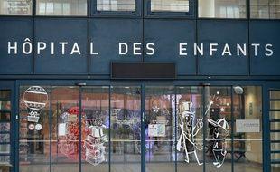 L'entrée de l'hôpital des enfants du CHU Purpan, à Toulouse.