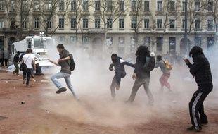 Vingt quatre personnes avaient été interpellées le 31 mars à l'issue de la manifestation contre la loi travail à Lyon.