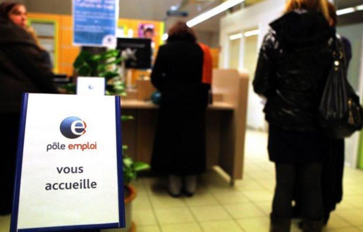 """Le chômage devrait se maintenir à """"un niveau élevé"""" dans les pays de l'OCDE au moins jusqu'à fin 2013, a prévenu mardi l'OCDE, qui appelle à """"faire plus pour stimuler la création d'emplois et aider les chercheurs d'emploi"""". – Francois Nascimbeni afp.com"""