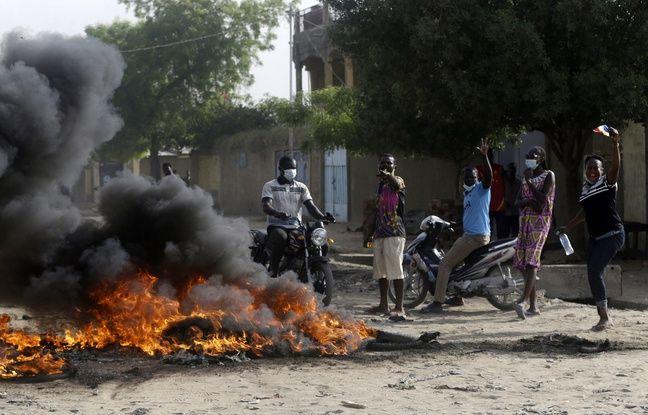 648x415 des opposants au nouveau pouvoir en place au tchad a n djamena le 27 avril 2021