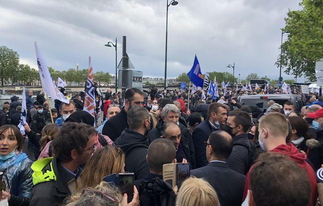 La présence d'Eric Zemmour, au centre, a fait tiquer une partie de la gauche.