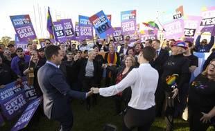 Le Parlement australien a adopté la loi sur le mariage des couples homosexuels