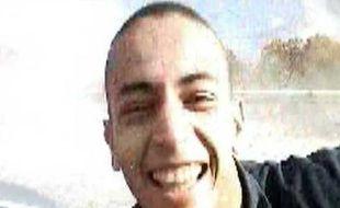 Mohammed Merah, l'auteur présumé de sept assasinats à Toulouse et Montauban, dans une vidéo diffusée sur France 2 le 21 mars 2012.
