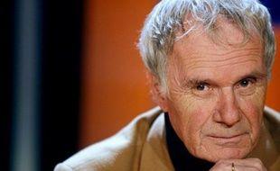 Le cinéaste et romancier Pierre Schoendoerffer est mort mercredi matin à l'âge de 83 ans des suites d'une opération à l'hôpital Percy à Clamart, a annoncé à l'AFP sa famille, confirmant une information du Figaro.fr.