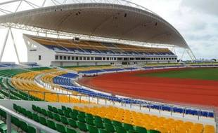 Le Gabon et la Guinée Equatoriale accueillent à partir de samedi et jusqu'au 12 février une Coupe d'Afrique des nations marquée par l'absence de plusieurs grandes puissances continentales, des défections de poids qui pourraient laisser le champ libre à trois favoris, la Côte d'Ivoire, le Sénégal et le Ghana.