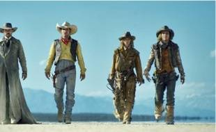 Jesse James (Melvil Poupaud), Lucky Luke (Jean Dujardin), Calamity Jane (Sylvie Testud), Billy the Kid (Michaël Youn).