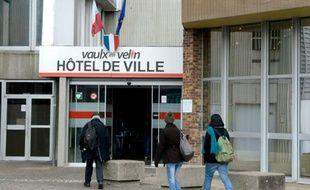 Vue extérieure de la mairie le 3 février 2014 à Vaulx-en-Velin