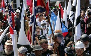 Manifestants suprémacistes et contre manifestants à Charlottesville, le 12 août 2017.
