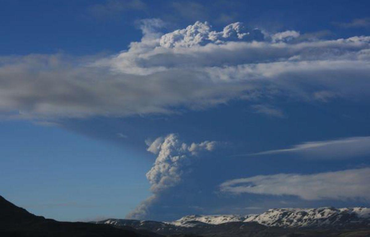 Le volcan Grimsvoetn est entré en éruption le 21 mai 2011, dans le sud-est de l'Islande – Halldora Kristen Unnarsd/AP/SIPA