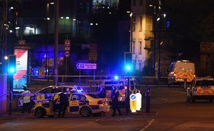 Un attentat a fait 19 morts et près de 50 blessés lundi soir à l'issue d'un concert de la chanteuse pop américaine Ariana Grande dans la salle Arena à Manchester