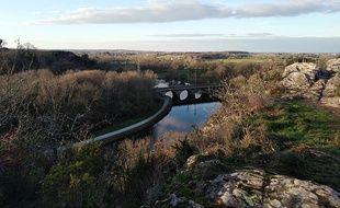 La vallée de la Vilaine ici photographiée depuis les falaises du Boël, à Bruz.