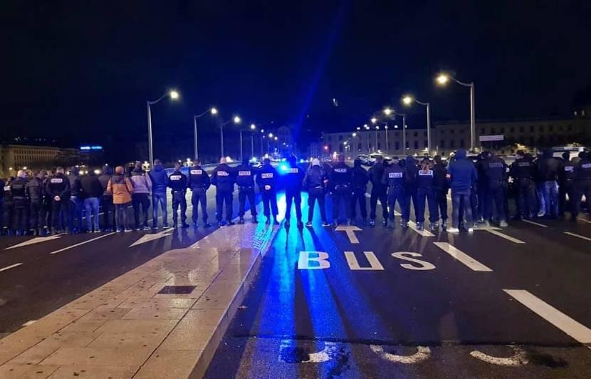 Réforme des retraites à Lyon : Les policiers ont manifesté la nuit