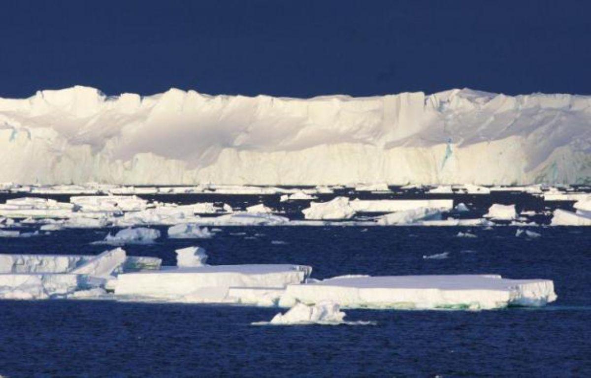 Photo non datée du glacier Totten, le plus grand de l'Antarctique oriental, publiée le 26 janvier 2015 par l'Organisation pour la recherche scientifique et industrielle du Commonwealth – Esmee van Wijk CSIRO