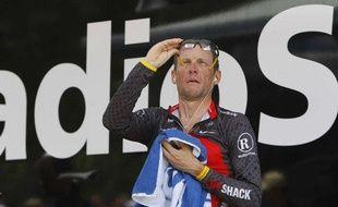 Le coureur américain de l'équipe RadioShack, Lance Armstrong, lors de la 19e étape du Tour de France, à Pauillac, le 24 juillet 2010.