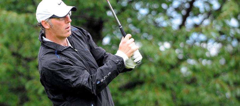 Laurent Blanc joue au golf en 2011 à Evian