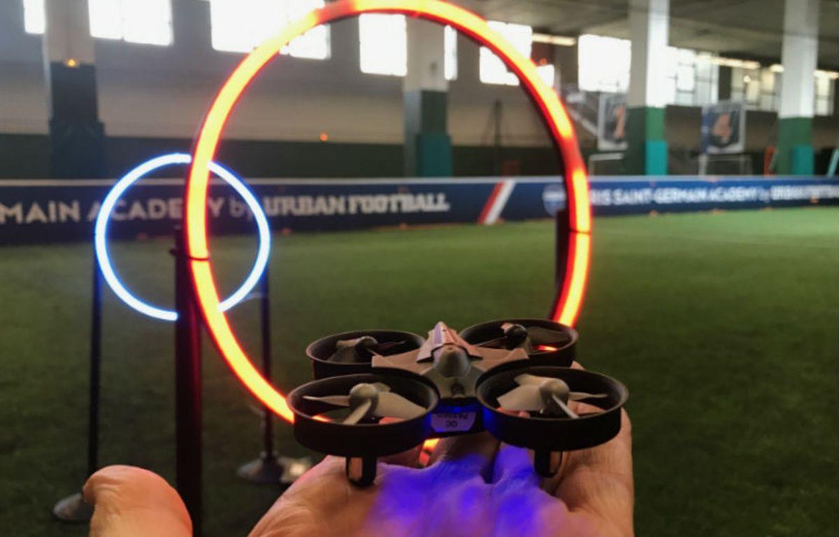 Les cours de pilotage de drones en salles se développent en France. – CHRISTOPHE SEFRIN/20 MINUTES