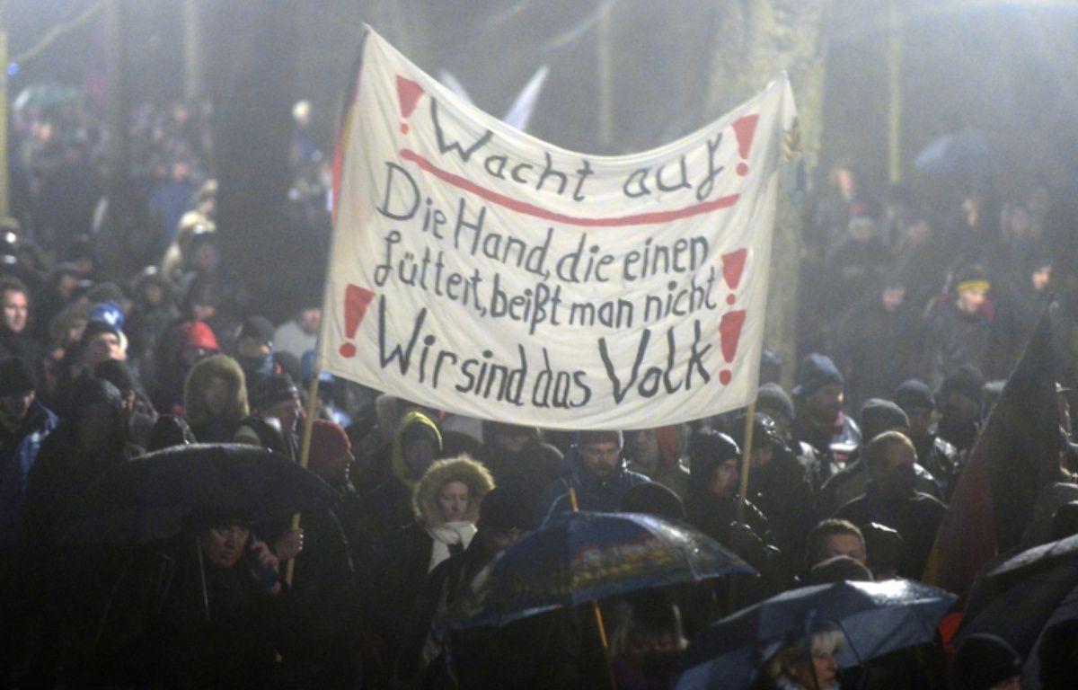 Des manifestants anti-islam à Dresde, en Allemagne, le 5 janvier 2014. – ROBERT MLCHAEL / AFP