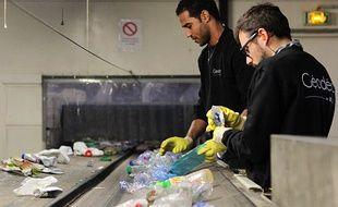 Le centre de tri de La Bocca peut traiter 28000t de déchets chaque année.
