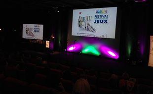 Remise des As d'or aux meilleurs jeux de société de l'année au Palais des Festivals de Cannes, le 26 février 2015.