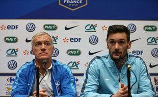 Didier Deschamps et Hugo lloris en conférence de presse lundi soir.