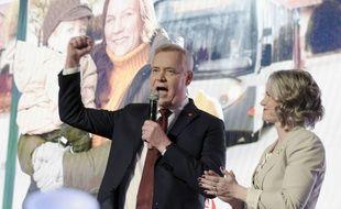 Le parti social démocrate, conduit par l'ancien ministre des Finances Antti Rinne, a remporté les élections législatives en Finlande le 14 avril 2019.
