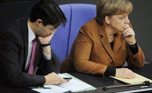 Le gouvernement allemand a révisé à la baisse mercredi sa prévision de croissance pour l'année 2012 à 0,7%, contre 1% auparavant, en précisant qu'il ne craignait pas de récession pour la première économie européenne et qu'il espérait un rebond à 1,6% en 2013.