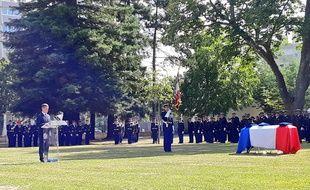 Les honneurs militaires ont été rendus ce jeudi, à Mérignac, à Mélanie Lemée, gendarme tuée par un chauffard