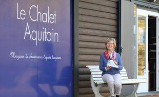 Marli Marchyllie, a relancé une activité de chaussures à Blanquefort (Gironde) avec l'Atelier du chalet aquitain