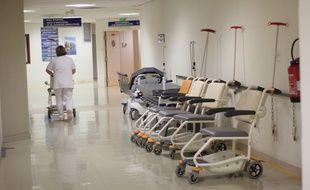 Photos du service pédiatrique et de l'accueil des urgences pédiatriques du CHU Hôpital Sud dans le quartier du Blosne à Rennes.