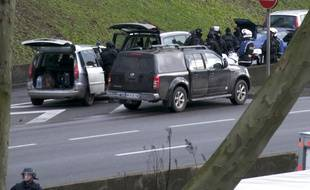 Le RAID sur le périphérique à la hauteur de la Porte de Vincennes lors de la prise d'otages d'Hyper cacher, le 9 janvier 2015.