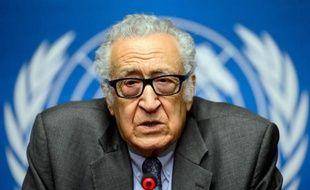 """Le médiateur de l'ONU pour la Syrie a estimé mercredi que la glace était en train de se rompre à Genève entre représentants de l'opposition et du gouvernement syriens, les uns parlant de """"pas en avant"""", les autres de discussions """"positives""""."""