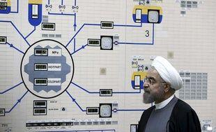 Le président iranien Hassan Rohani en visite dans une centrale nucléaire à Bushehr, dans le sud du pays.