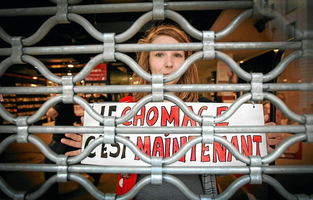 Le magasin culturel de la rue du 22-Novembre a définitivement fermé ses portes mercredi vers 15 h. – G. Varela/20 Minutes