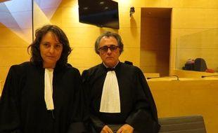 La défense de Bushra Taher Saleh, ici représentée par Mes Jean Chevais et Nathalie Grard. C'est de l'accusée dont il sera question ce lundi, à la cour d'assises de Seine-et-Marne.