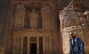 Barack Obama a goûté l'histoire ancienne samedi, en se promenant dans les ruines de l'ancienne cité nabatéenne de Petra en Jordanie, après avoir plongé pendant quatre jours dans les conflits du Proche-Orient et assuré Israël de l'indéfectible soutien des Etats-Unis.