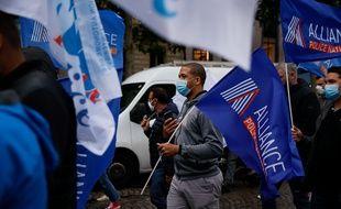 Le syndicat Alliance a appelé à manifester contre une fresque