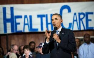 """Le président Barack Obama a dit jeudi dans un entretien télévisé être """"désolé"""" que des Américains perdent leur assurance-maladie à cause de sa réforme de la santé, malgré ses promesses répétées."""