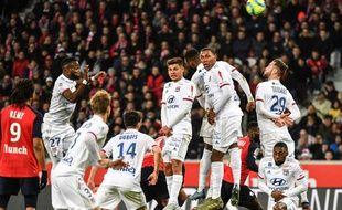 Les Lyonnais se sont inclinés dimanche dans le Nord