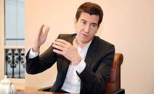 Matthieu Pigasse, directeur général de la banque Lazard France en entretien. Il est egalement propriétaire et président du magazine «Les Inrockuptibles», et actionnaire du journal «Le Monde» et du «Huffington Post».