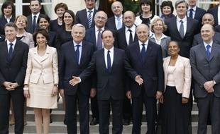 Le gouvernement Ayrault, le 17 mai 2012.